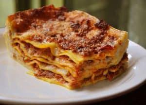 lasagna 300x216 - Thema avonden & Menu